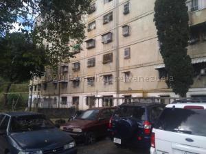 Apartamento En Ventaen Caracas, Caricuao, Venezuela, VE RAH: 20-24777