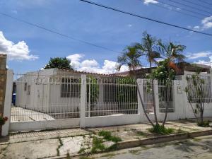 Casa En Ventaen Cagua, La Fundacion, Venezuela, VE RAH: 20-24785