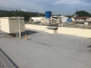 Casa En Ventaen Caracas, El Marques, Venezuela, VE RAH: 20-25019