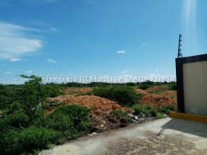 Terreno En Ventaen Punto Fijo, Puerta Maraven, Venezuela, VE RAH: 20-24817