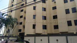 Apartamento En Ventaen Municipio Naguanagua, Casco Central, Venezuela, VE RAH: 20-24918