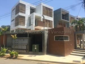 Townhouse En Ventaen Maracaibo, Virginia, Venezuela, VE RAH: 20-24819