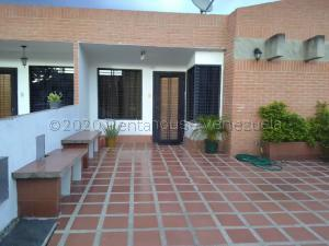 Casa En Ventaen Municipio San Diego, Monte Carmelo, Venezuela, VE RAH: 20-24846