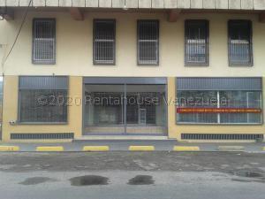 Local Comercial En Ventaen Maracay, Zona Centro, Venezuela, VE RAH: 20-24853