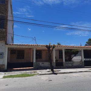 Casa En Ventaen Barquisimeto, Fundalara, Venezuela, VE RAH: 20-24867
