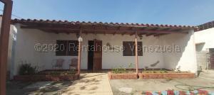 Casa En Ventaen Cabudare, Parroquia Cabudare, Venezuela, VE RAH: 21-928