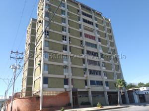 Apartamento En Ventaen Barquisimeto, Centro, Venezuela, VE RAH: 20-24877