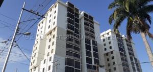 Apartamento En Ventaen Barquisimeto, Centro, Venezuela, VE RAH: 20-24880