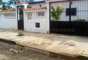 Casa En Ventaen Higuerote, Higuerote, Venezuela, VE RAH: 20-24976