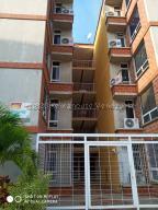 Apartamento En Ventaen Parroquia Carayaca, Sector Las Salinas, Venezuela, VE RAH: 20-24925