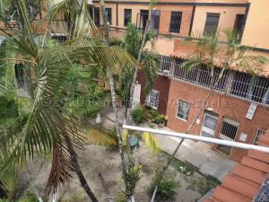 Apartamento En Ventaen Cabudare, Almarriera, Venezuela, VE RAH: 20-24935