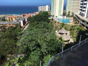 Apartamento En Ventaen Parroquia Caraballeda, La Llanada, Venezuela, VE RAH: 20-25033