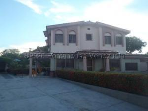 Casa En Ventaen Higuerote, Ciudad Balneario Higuerote, Venezuela, VE RAH: 20-25073