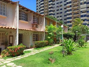 Townhouse En Ventaen Margarita, Jorge Coll, Venezuela, VE RAH: 20-25061