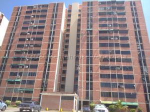 Apartamento En Ventaen Maracay, Bosque Alto, Venezuela, VE RAH: 20-25089