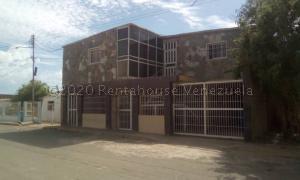 Casa En Ventaen Punto Fijo, Los Taques, Venezuela, VE RAH: 20-25029