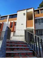 Apartamento En Ventaen San Antonio De Los Altos, Rosalito, Venezuela, VE RAH: 21-632