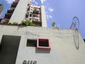 Apartamento En Ventaen Caracas, Parroquia La Candelaria, Venezuela, VE RAH: 20-25125