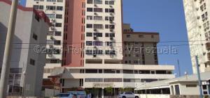 Apartamento En Ventaen Maracaibo, Las Mercedes, Venezuela, VE RAH: 20-25124