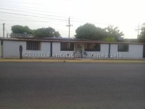 Casa En Ventaen Maracaibo, La Rotaria, Venezuela, VE RAH: 21-2274