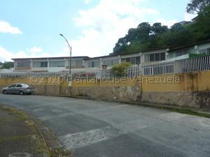 Casa En Ventaen Caracas, Santa Paula, Venezuela, VE RAH: 20-25135