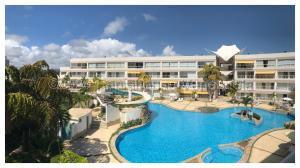 Apartamento En Ventaen Higuerote, Puerto Encantado, Venezuela, VE RAH: 21-1003