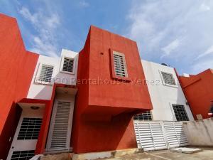 Casa En Ventaen Cabudare, Parroquia José Gregorio, Venezuela, VE RAH: 20-25186