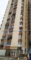 Apartamento En Ventaen Caracas, Parroquia Santa Rosalia, Venezuela, VE RAH: 20-25213