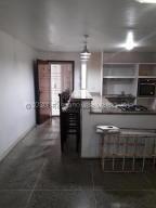 Apartamento En Alquileren Maracaibo, Amparo, Venezuela, VE RAH: 20-25152