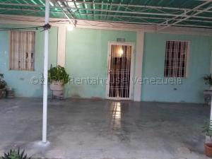 Casa En Ventaen Maracaibo, Pomona, Venezuela, VE RAH: 20-25256
