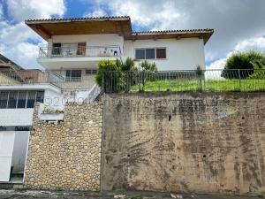 Casa En Ventaen Caracas, Colinas De Bello Monte, Venezuela, VE RAH: 20-25274