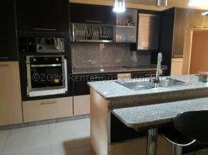 Apartamento En Alquileren Municipio San Francisco, La Coromoto, Venezuela, VE RAH: 20-7427