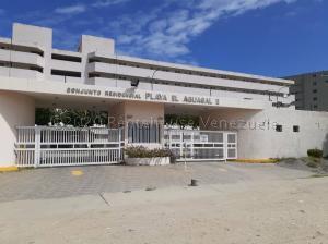 Apartamento En Ventaen Higuerote, Agua Sal, Venezuela, VE RAH: 20-25318