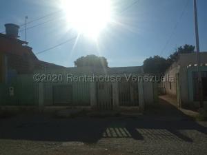 Terreno En Ventaen Barquisimeto, Parroquia Juan De Villegas, Venezuela, VE RAH: 20-25324