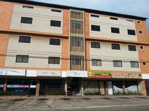 Oficina En Alquileren Maracaibo, Tierra Negra, Venezuela, VE RAH: 21-183
