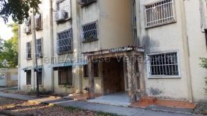 Apartamento En Ventaen San Joaquin, La Pradera, Venezuela, VE RAH: 21-18