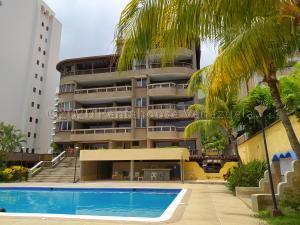 Apartamento En Ventaen Parroquia Caraballeda, Caribe, Venezuela, VE RAH: 21-34