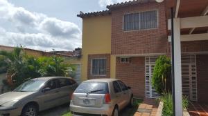 Townhouse En Ventaen Guatire, Villa Avila, Venezuela, VE RAH: 21-68