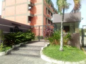 Apartamento En Ventaen Municipio Naguanagua, Los Guayabitos, Venezuela, VE RAH: 21-130