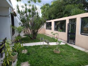 Casa En Ventaen Guacara, Ciudad Alianza, Venezuela, VE RAH: 21-144