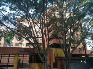 Apartamento En Alquileren Caracas, Campo Alegre, Venezuela, VE RAH: 21-155