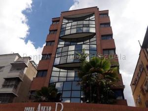 Local Comercial En Ventaen Caracas, San Bernardino, Venezuela, VE RAH: 21-149