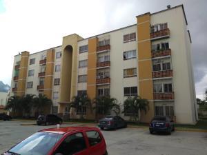 Apartamento En Ventaen Municipio San Diego, Valles Del Nogal, Venezuela, VE RAH: 21-167