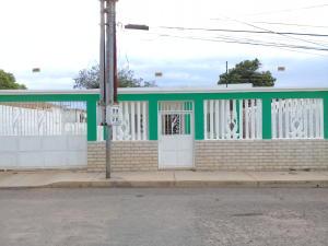 Casa En Ventaen Maracaibo, Sabaneta, Venezuela, VE RAH: 21-235