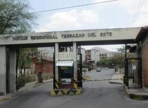 Apartamento En Ventaen Guarenas, Terrazas Del Este, Venezuela, VE RAH: 21-237