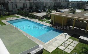 Apartamento En Ventaen Tucacas, Tucacas, Venezuela, VE RAH: 21-1139