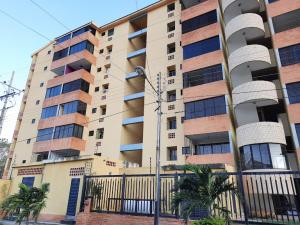 Apartamento En Ventaen Municipio Naguanagua, Rotafe, Venezuela, VE RAH: 21-290
