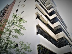Apartamento En Ventaen Caracas, Sabana Grande, Venezuela, VE RAH: 21-286