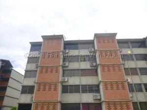 Apartamento En Ventaen Guarenas, Camino Real, Venezuela, VE RAH: 21-341