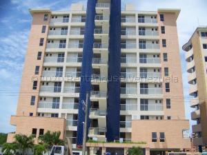 Apartamento En Ventaen Higuerote, Puerto Encantado, Venezuela, VE RAH: 21-362